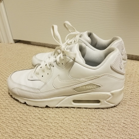 White Nike Air Max 90 Men Size 8Women Size 10